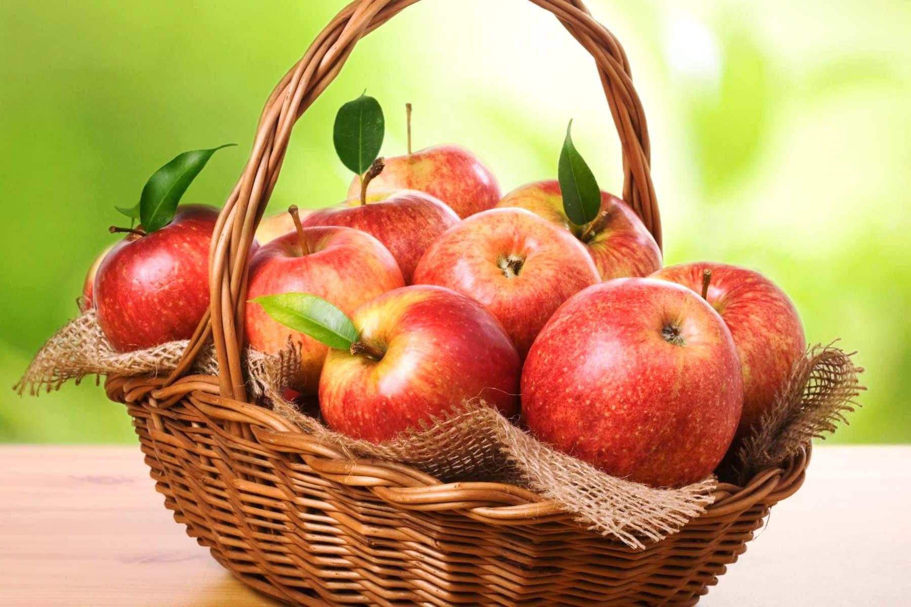 К чему снится яблоко? Есть яблоко во сне