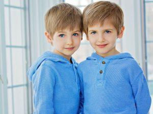 К чему снятся близнецы-мальчики?